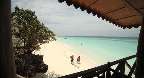 Langi Langi Beach Hotel